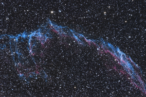 NGC6992, Eastern Veil Nebula (24 x 10-minute exposure; 11' telescope)